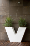 V Planter From VONDOM
